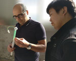 在与德国客户研讨液位计产品细节